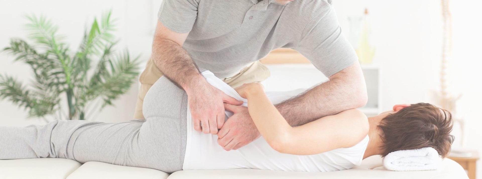 Behandeling van patiënten met klachten aan de wervelkolom en de gewrichten in armen en benen.